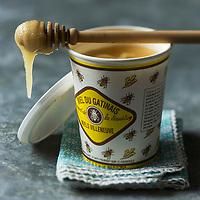 Europe/France/Ile de France:  Miel du Gâtinais - Stylisme : Valérie LHOMME // Europe/France/Ile de France:  Honey from Gâtinais
