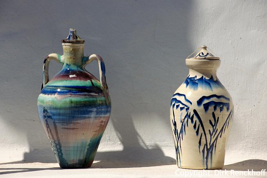 Spanien, Kanarische Inseln, Fuerteventura, Betancuria, Verkauf von Keramik
