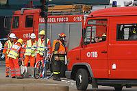 - exercise of terroristic attack, Civic Protection and Fire Department....- esercitazione antiterrorismo, Vigili del Fuoco e Protezione Civile