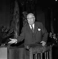 Le 6 Novembre 1962, Vue du compositeur Henri Busser en plein discours dans la salle du Capitole.