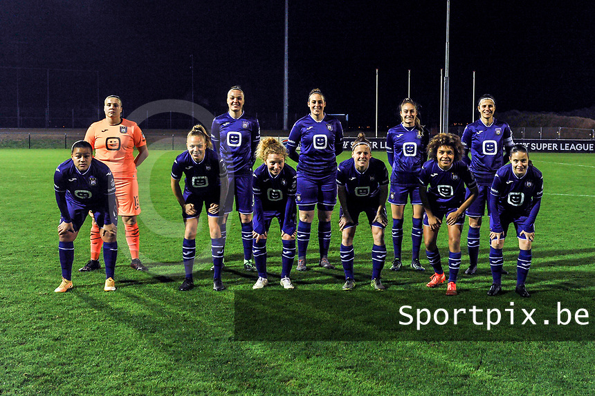 Team picture RSC Anderlecht ( goalkeeper Justien Odeurs (13) of Anderlecht , Tine De Caigny (6) of Anderlecht , Britt Vanhamel (4) of Anderlecht , Tessa Wullaert (27) of Anderlecht , Laura De Neve (8) of Anderlecht and Mariam Abdulai Toloba (19) of Anderlecht , Sarah Wijnants (11) of Anderlecht , Charlotte Tison (20) of Anderlecht , Laura Deloose (14) of Anderlecht , Kassandra Missipo (12) of Anderlecht , Stefania Vatafu (10) of Anderlecht ) before a female soccer game between RSC Anderlecht Dames and Oud Heverlee Leuven on the 11 th matchday of the 2020 - 2021 season of Belgian Womens Super League , friday 22 nd of January 2021  in Tubize , Belgium . PHOTO SPORTPIX.BE | SPP | STIJN AUDOOREN