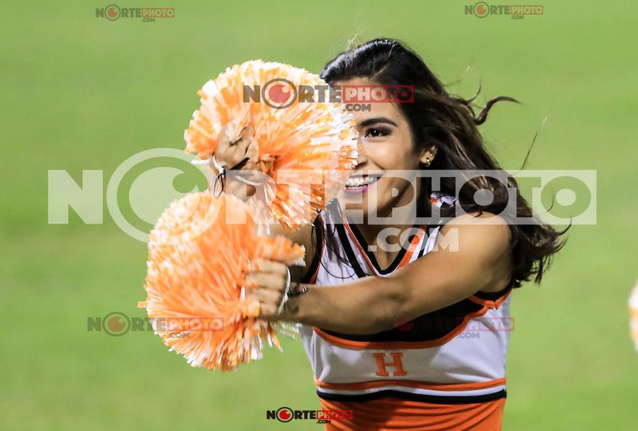 Porristas , durante el partido2 de beisbol entre Naranjeros de Hermosillo vs Yaquis de Obregon. Temporada 2016 2017 de la Liga Mexicana del Pacifico.<br /> © Foto: LuisGutierrez/NORTEPHOTO.COM