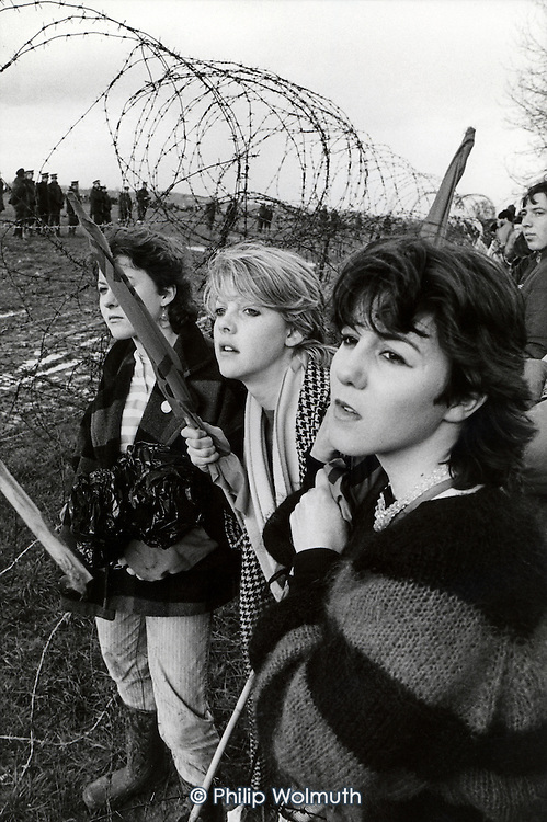 Protesters attempt to invade the USAF base at  Molesworth, Cambridgeshire, to protest against the installation of Cruise missiles.