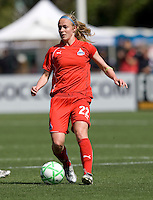 26 April 2009: Becky Sauerbrunn of the Washington Freedom in action during the game against FC Gold Pride at Buck Shaw Stadium in Santa Clara, California.   Washington Freedom defeated FC Gold Pride, 4-3.