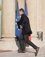 Bernard Bajolet - Conseil restreint de sÈcurite et de defense ‡ l'Elysee suite a l'attentat de Nice perpetre le 14 juillet.