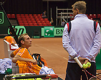10-09-13,Netherlands, Groningen,  Martini Plaza, Tennis, DavisCup Netherlands-Austria, Training,  Thiemo de Bakker  (NED) in consultation with captain Jan Siemerink<br />