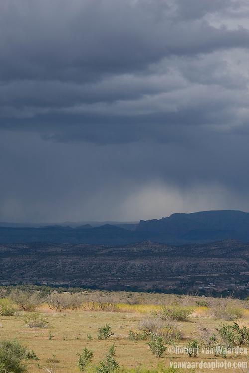 Arizona clouds on the Mesa near Clear Creek