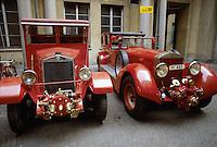 - esposizione attrezzature d'epoca dei Vigili del Fuoco, autovettureFIAT e Isotta Fraschini<br /> <br /> - exibition of Fire Brigade vintage equipments, FIAT and Isotta Fraschini  cars