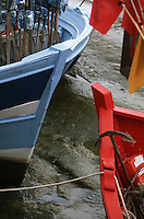 France/17/Charente Maritime/Ile de Ré/La Flotte: Détail bateaux de pêche sur le port