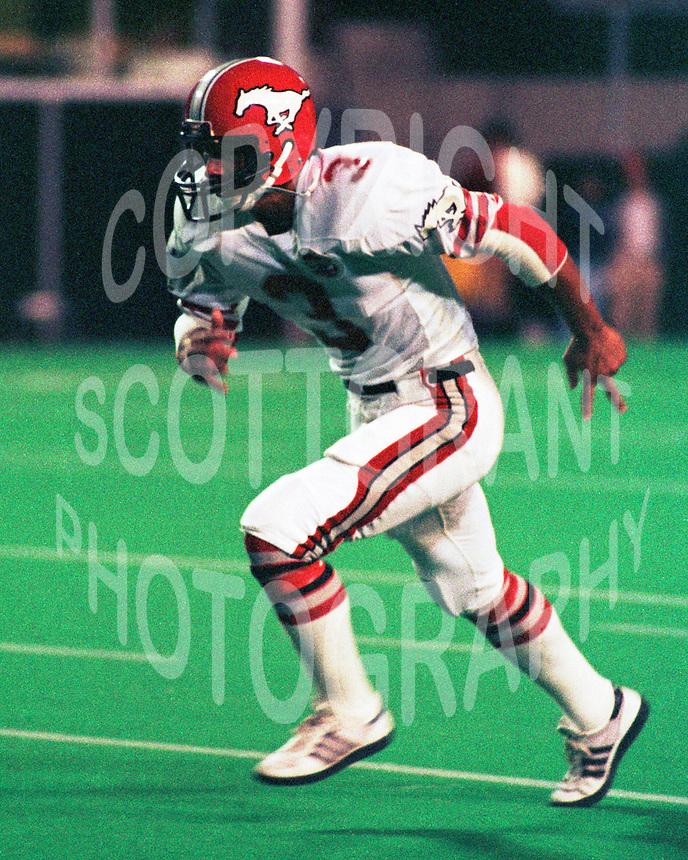 Phil Charron Calgary Stampeders 1984. Photo Scott Grant