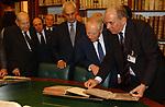 MARCELLO PERA E CARLO AZEGLIO CIAMPI<br /> INAUGURAZIONE NUOVA SEDE DELLA BIBLIOTECA DEL SENATO -<br /> PIAZZA DELLA MINERVA ROMA 2003