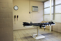 USA. Angola. 21st April 2008..The lethal Injection table in the Death Chamber at Angola..©Andrew Testa