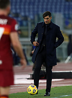 Football, Serie A: AS Roma - Parma, Olympic stadium, Rome, November 22, 2020. <br /> Roma's coach Paulo Fonseca kicks the ball during the Italian Serie A football match between Roma and Parma at Rome's Olympic stadium, on November 22, 2020. <br /> UPDATE IMAGES PRESS/Isabella Bonotto