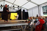 Groß-Gerau 24.08.2018: Volk im Schloss<br /> Büchner-Bühne Riedstadt tritt bei Volk im Schloss auf<br /> Foto: Vollformat/Marc Schüler, Schäfergasse 5, 65428 R'heim, Fon 0151/11654988, Bankverbindung KSKGG BLZ. 50852553 , KTO. 16003352. Alle Honorare zzgl. 7% MwSt.