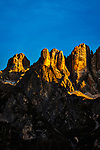 Italien, Venetien, Provinz Belluno, Alleghe:  Gipfel der Monte Civetta in den Dolomiten im letzten Sonnenlicht | Italy, Veneto, Province Belluno, Alleghe: summits of Monte Civetta mountains in the Dolomites at sunset