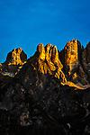 Italien, Venetien, Provinz Belluno, Alleghe:  Gipfel der Monte Civetta in den Dolomiten im letzten Sonnenlicht | Italy, Veneto, Province Belluno, Alleghe: summits of Monte Civetta mountains in the Dolomites at sunset