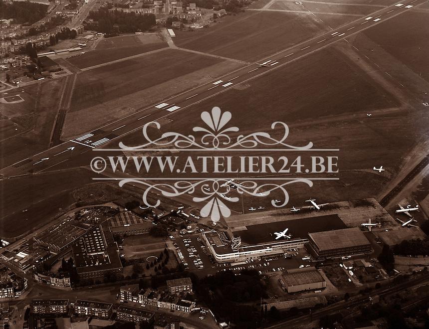 Luchtfoto van 1973 van de luchthaven van Deurne.
