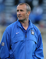 22 May 2004: Earthquakes Head Coach Dominic Kinnear during the game against Los Angeles Galaxy at Spartan Stadium in San Jose, California.   Earthquakes defeated Galaxy 4-2. Mandatory Credit: Michael Pimentel / ISI