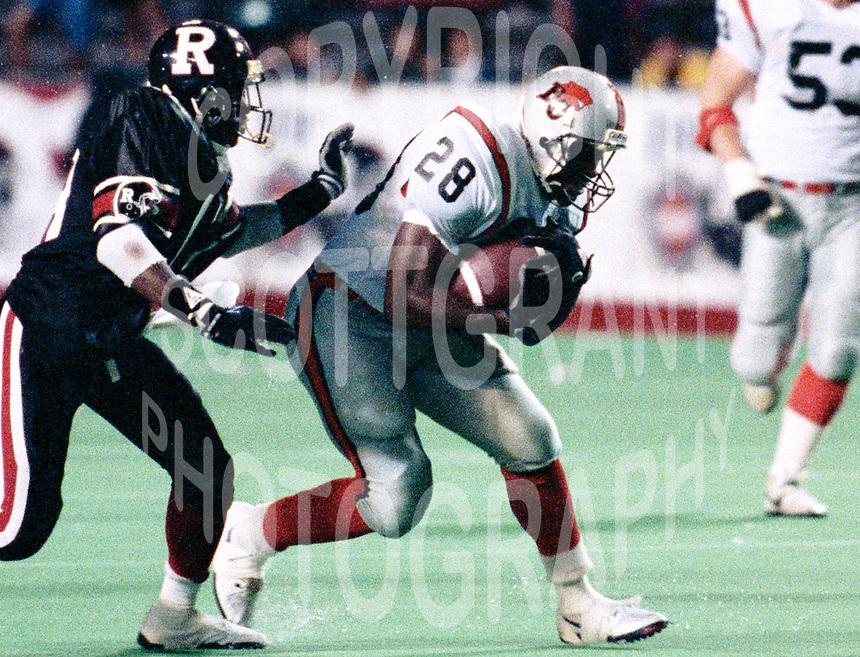 #28-BC Lions-1990-Photo:Scott Grant