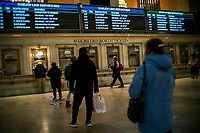 NEW YORK, NY - NOVEMBER 18:  People buy tickets for MTA metro north at Gran Central Terminal on November 18, 2020 in New York. MTA is facing a $3 billion deficits that will bring reductions of Subways, trains and buses of 40-50% in service, and layoffs of over 9,000 staff. (Photo by Eduardo MunozAlvarez/VIEWpress)