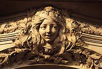 Europe/France/Ile-de-France/75008/Paris: Détail architecture de l'entrée d'un immeuble Place de l'Alma