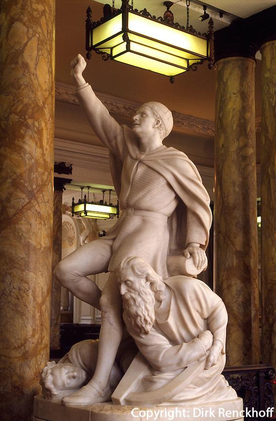 Großbritannien, Wales, Cardiff, Rathaus, Statue von Llewelyn.townhall in Cardiff