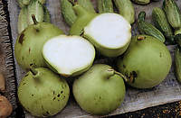 Asie/Malaisie/Bonéo/Sarawak/Kuching: Etal de fruits sur le marché