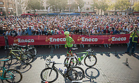 plenty of people showed up for the midweek stage start in Blankenberge<br /> <br /> 12th Eneco Tour 2016 (UCI World Tour)<br /> stage 3: Blankenberge-Ardooie (182km)/ Belgium