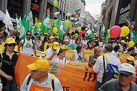 - Milan, national demonstration of all environmental organisations in Italy against global warming, climate change and nuclear choice....- Milano, manifestazione nazionale di tutte le organizzazioni ambientaliste italiane contro il riscaldamento globale, i cambiamenti climatici e la scelta nucleare
