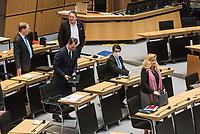 """Plenarsitzung des Berliner Abgeordnetenhaus am Donnerstag den 30. April 2020.<br /> Im Bild vlnr.: Carsten Ubbelohde; Tommy Tabor; Franz Kerker; Marc Vallendar (mit Maske); Kristin Brinker, Abgeordnete der sog. """"Alternative fuer Deutschland"""".<br /> 30.4.2020, Berlin<br /> Copyright: Christian-Ditsch.de<br /> [NUR FUER REDAKTIONELLE ZWECKE! Werbung nur auf Anfrage beim Fotografen. Inhaltsveraendernde Manipulation des Fotos nur nach ausdruecklicher Genehmigung des Fotografen. Vereinbarungen ueber Abtretung von Persoenlichkeitsrechten/Model Release der abgebildeten Person/Personen liegen nicht vor. NO MODEL RELEASE! Don't publish without copyright Christian-Ditsch.de, Veroeffentlichung nur mit Fotografennennung, sowie gegen Honorar, MwSt. und Beleg. Konto: I N G - D i B a, IBAN DE58500105175400192269, BIC INGDDEFFXXX, Kontakt: post@christian-ditsch.de<br /> Bei der Bearbeitung der Dateiinformationen darf die Urheberkennzeichnung in den EXIF- und  IPTC-Daten nicht entfernt werden, diese sind in digitalen Medien nach §95c UrhG rechtlich geschuetzt. Der Urhebervermerk wird gemaess §13 UrhG verlangt.]"""
