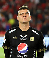 BOGOTA-COLOMBIA, 21-02-2020: Michael Rangel de America de Cali durante partido entre Independiente Santa Fe y America de Cali de la fecha 6 por la Liga BetPlay DIMAYOR 2020 jugado en el estadio Nemesio Camacho El Campín de la ciudad de Bogota. / Michael Rangel de America of Cali during the match between Independiente Santa Fe and America de Cali on date 6 for the BetPlay League DIMAYOR 2020 played at the Nemesio Camacho El Campín stadium in Bogota city. / Photo: VizzorImage / Daniel Garzon / Cont.