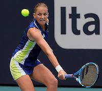 MIAMI GARDENS, FLORIDA - MARCH 30: Ashleigh Barty of Australia defeats Karolina Pliskova of the Czech Republic on day thirteen in the women's finals at the Miami Open at the Hard Rock Stadium on March 30, 2019 in Miami Gardens, Florida.<br /> <br /> <br /> People: Karolina Pliskova