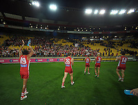 Sydney players thanks fans after winning the Australian Rules Football ANZAC Day match between St Kilda Saints and Sydney Swans at Westpac Stadium, Wellington, New Zealand on Thursday, 24 May 2013. Photo: Dave Lintott / lintottphoto.co.nz