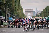 the peloton speeding down the famous Champs-Élysées with the Arc de Triomphe as a backdrop<br /> <br /> Stage 21: Houilles > Paris / Champs-Élysées (115km)<br /> <br /> 105th Tour de France 2018<br /> ©kramon