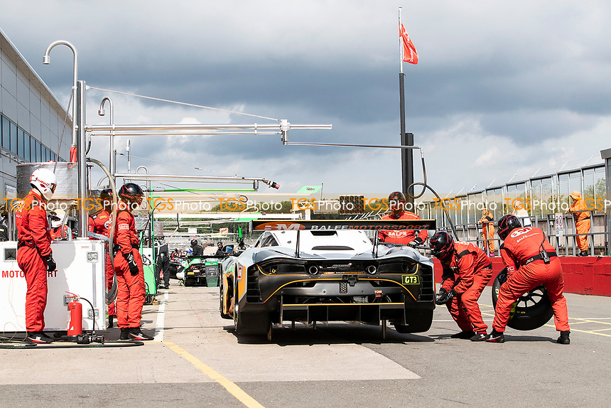 Balfe Motorsport tyre change during the British GT & F3 Championship on 11th July 2021