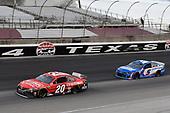 #20: Christopher Bell, Joe Gibbs Racing, Toyota Camry Craftsman, #5: Kyle Larson, Hendrick Motorsports, Chevrolet Camaro HendrickCars.com