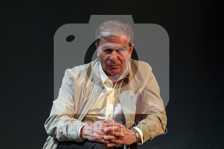 Pedro Ruiz attends the presentation of Locos. Reir Nos Cura at Teatro Infanta Isabel on September 30 in Madrid, Spain.(ALTERPHOTOS/ItahisaHernandez)