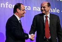 Il candidato del Partito Socialista francese alle elezioni presidenziali del 2012 Francois Hollande stringe la mano al segretario del Partito Democratico Pierluigi Bersani al termine di un incontro a Roma, 16 dicembre 2011..French Socialist party's presidential candidate Francois Hollande shakes hands with Italian Democratic Party's secretary Pierluigi Bersani at the end of a meeting in Rome, 16 december 2011..UPDATE IMAGES PRESS/Riccardo De Luca