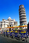 Leaning Tower of Pisa, western Tusscany, Italy
