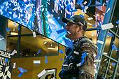 #16: Austin Hill, Hattori Racing Enterprises, Toyota Tundra Chiba Toyopet victory lane