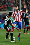 Atletico de Madrid´s Mario Suarez and Bayer 04 Leverkusen´s Wendell during the UEFA Champions League round of 16 second leg match between Atletico de Madrid and Bayer 04 Leverkusen at Vicente Calderon stadium in Madrid, Spain. March 17, 2015. (ALTERPHOTOS/Victor Blanco)