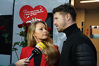 Jana und Thore Schölermann im Interview - Frankfurt 14.02.2020: Duplo Liebesreise zum Valentinstag nach Paris