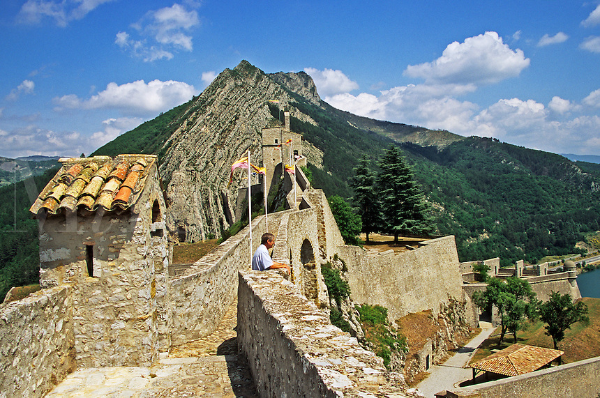 France. Sisteron. The ramparts of the 13th/16th Century Citadel. Gateway of Provence. .
