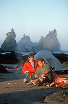 Kayakers beach camping, Olympic National Park, Point of Arches, Shi Shi beach, Olympic Peninsula, Washington State, Pacific Northwest, USA,.