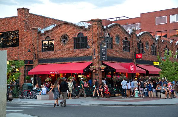 Pearl Street Mall, pedestrian mall, Boulder, Colorado, Boulder merchant, shopping center,
