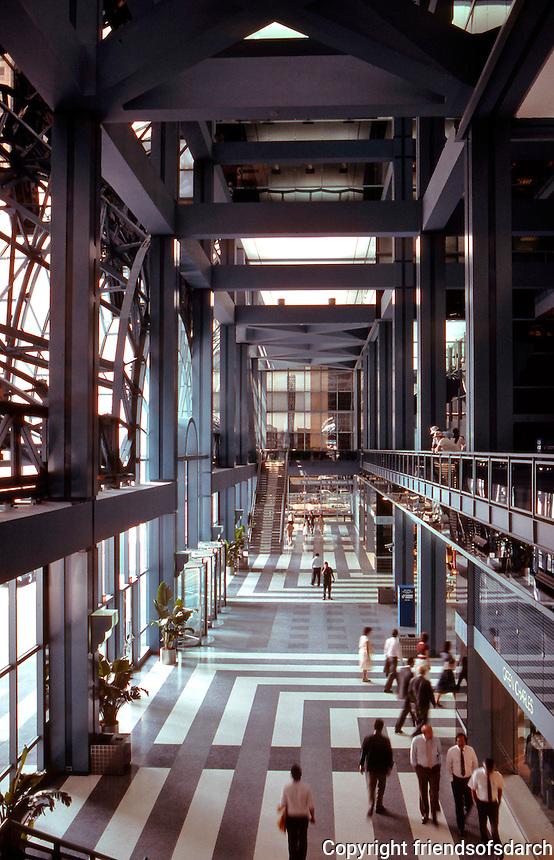 Helmut Jahn: Northwestern Terminal, Chicago.  Photo '88.
