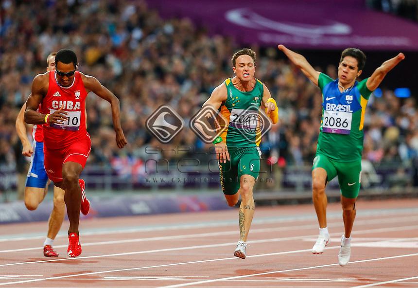 Simon Patmore (AUS), Mens 200m - T46 final, Athletics (Day 04 Sun 2 Sep) - Olympic Stadium, Paralympics - Summer / London 2012, London, England 29 Aug - 9 Sept , © Sport the library/Greg Smith