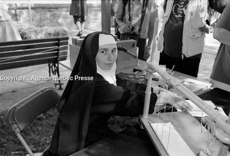 les fetes de la Nouvelle France, a Quebec<br /> entre 1995 et 2005<br /> (date exacte inconnnue)<br /> <br /> PHOTO : Agence Quebec Presse - MK