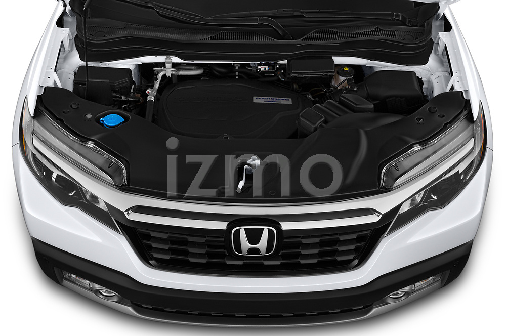 Car Stock 2020 Honda Ridgeline RTL-E 4 Door Pick-up Engine  high angle detail view