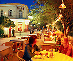 Greece, Dodecanese, Kos Island, Kos-Town: Cafe Scene in the evening | Griechenland, Dodekanes, Insel Kos, Kos-Stadt: Cafe-Szene am Abend